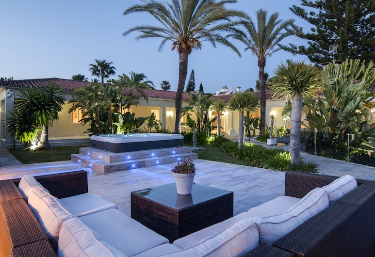 Exclusive 5star sea view villa Elviria, Marbella, Terrasse/veranda