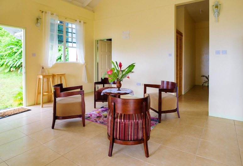 House With 2 Bedrooms in Roseau Vallée, With Wonderful sea View, Furnished Garden and Wifi - 13 km From the Beach, โรโซ
