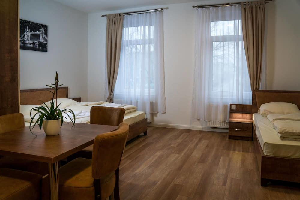 Family Quadruple Room, Multiple Beds, Non Smoking - Guest Room