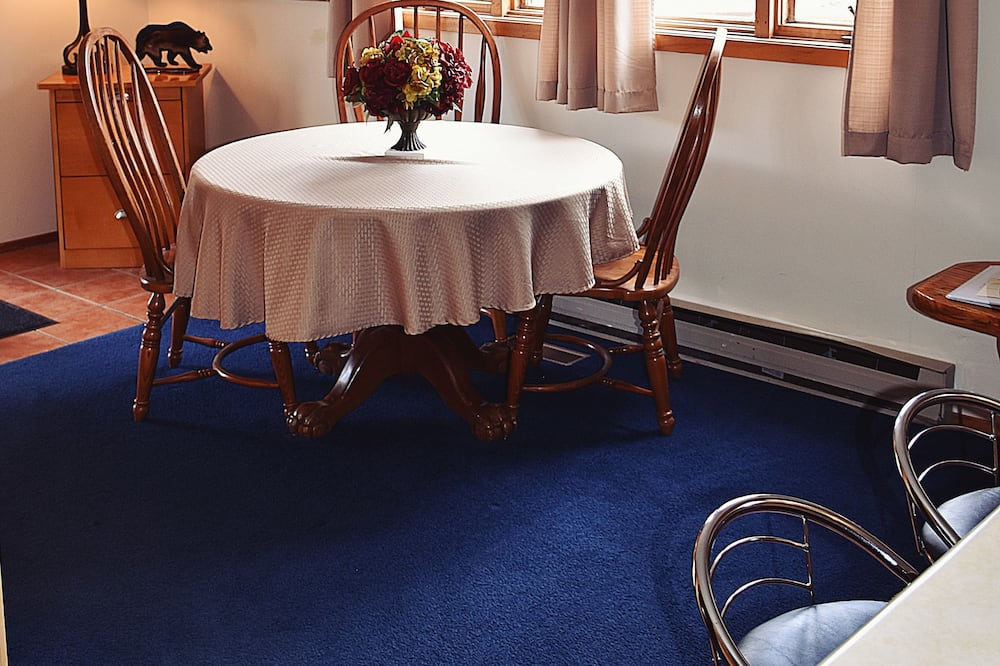 บริการอาหารในห้องพัก