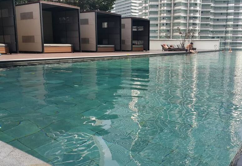 K Residence connected to KLCC, Kuala Lumpur, Outdoor Pool