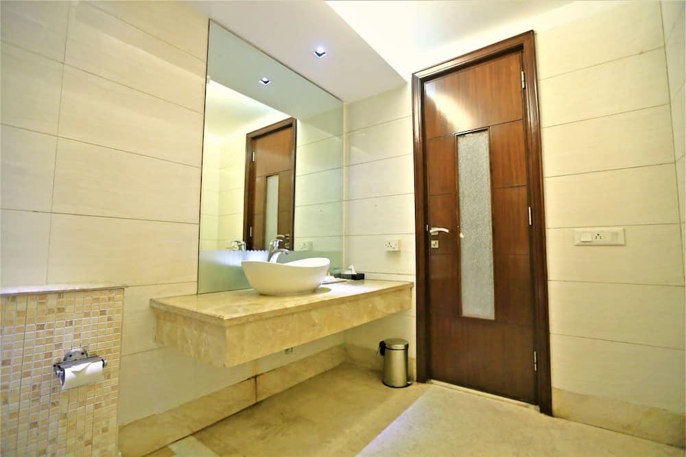 Superior-Zimmer, 1 Doppelbett, Nichtraucher, Stadtblick - Badezimmer