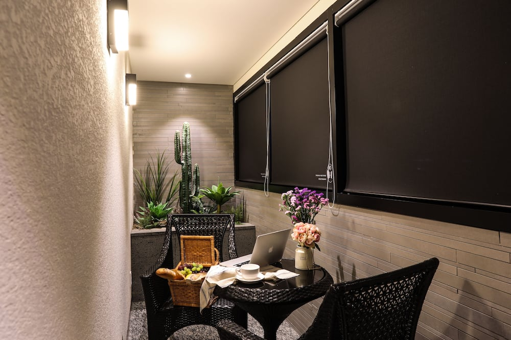 Mari Suite - Balcony