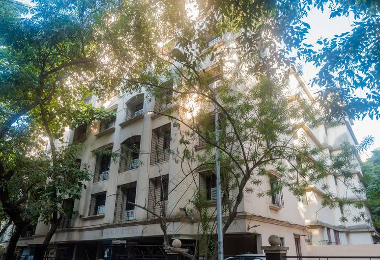 OYO 26978 Tuliip Domestic Airport Suites, Mumbai, Pročelje hotela