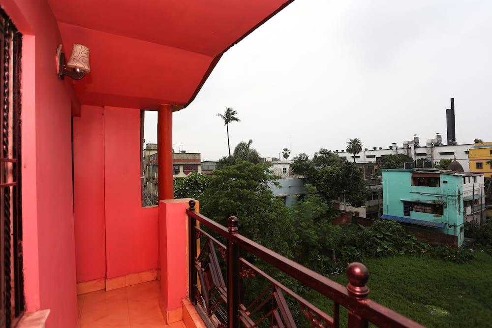 雙人或雙床房 - 露台景觀