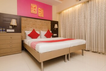Picture of OYO 22061 Hotel Khwaishh Presidency in Mumbai