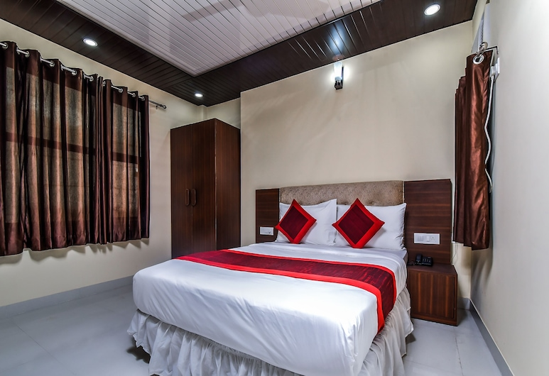 OYO 18408 Twilight, New Delhi, Double or Twin Room, Guest Room
