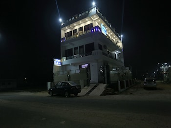 Picture of OYO 26628 Hotel Rest Palace in Agra