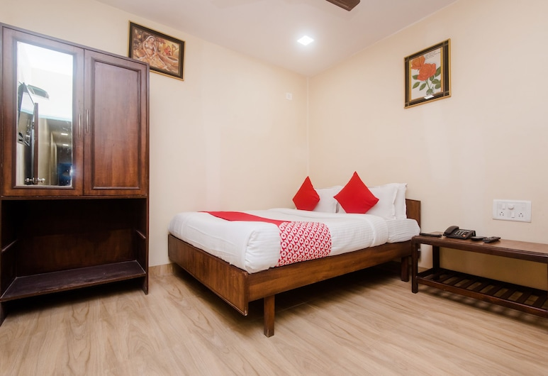 OYO 19841 Shivar Guest House, Mumbai, Double Room, 1 Double Bed, Guest Room