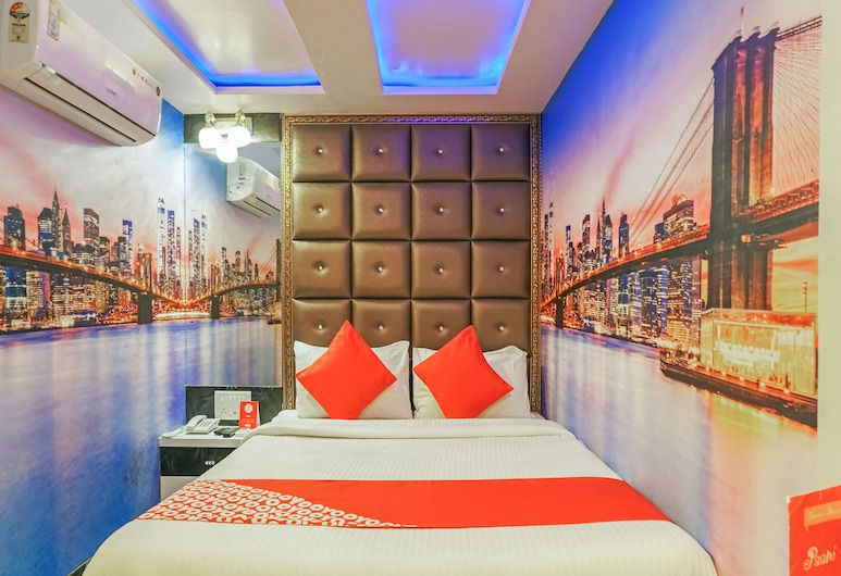 OYO 23624 Panchgani Inn, Mahabaleshwar, Double Room, 1 Queen Bed, Guest Room