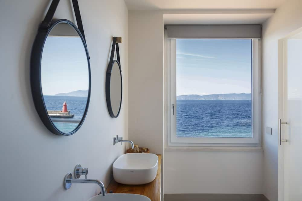 Deluxe Oda, Balkon, Deniz Manzaralı - Banyo