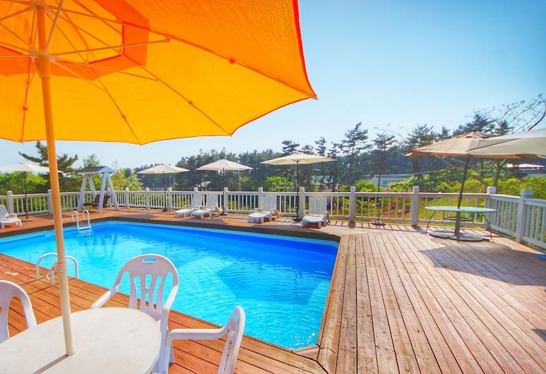 故事旅館, Taean, 室外泳池