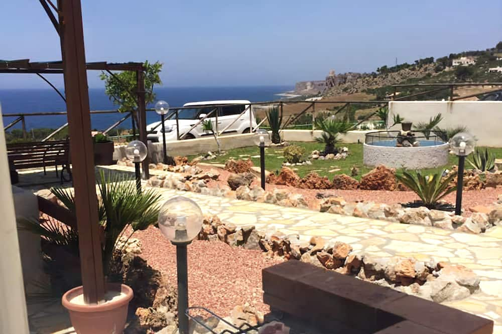 Apartment, 3 Bedrooms, Sea View - Terrace/Patio