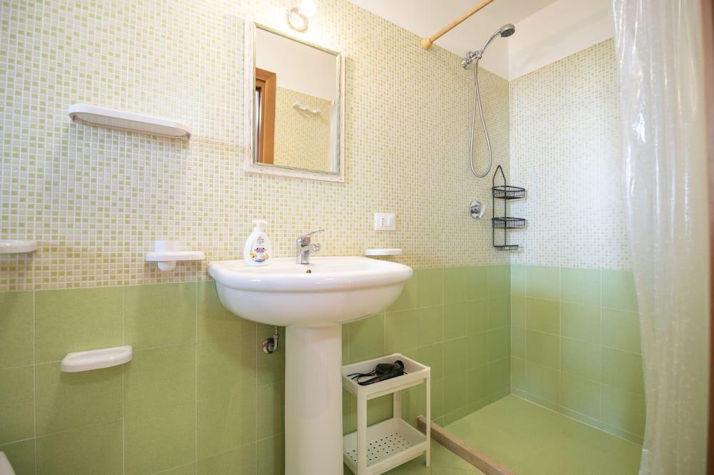 Apartmán, 1 ložnice, výhled na moře - Koupelna