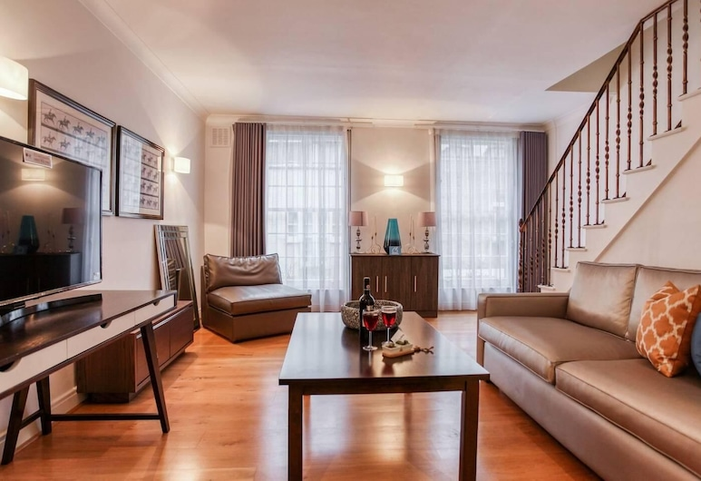 Bright and Cosy 3BR Mews House, London