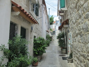 Image de Cozy En-suite Rm on Dumanica- à Split