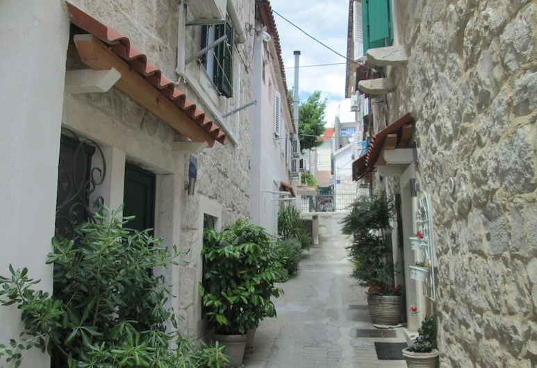 Cozy En-suite Rm on Dumanica-, Split, Hoteleingang