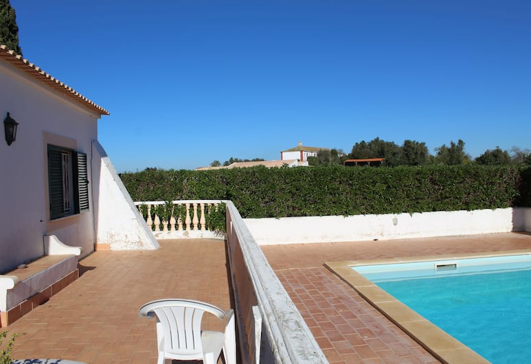Wine House by Rental4all, Carvoeiro, House, 2 Bedrooms, Terrace, Pool View, Pool