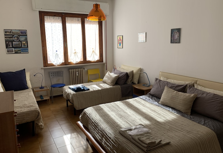 Pampero & Catona House B&B, Pisa, Habitación familiar, para no fumadores, baño privado (External), Habitación