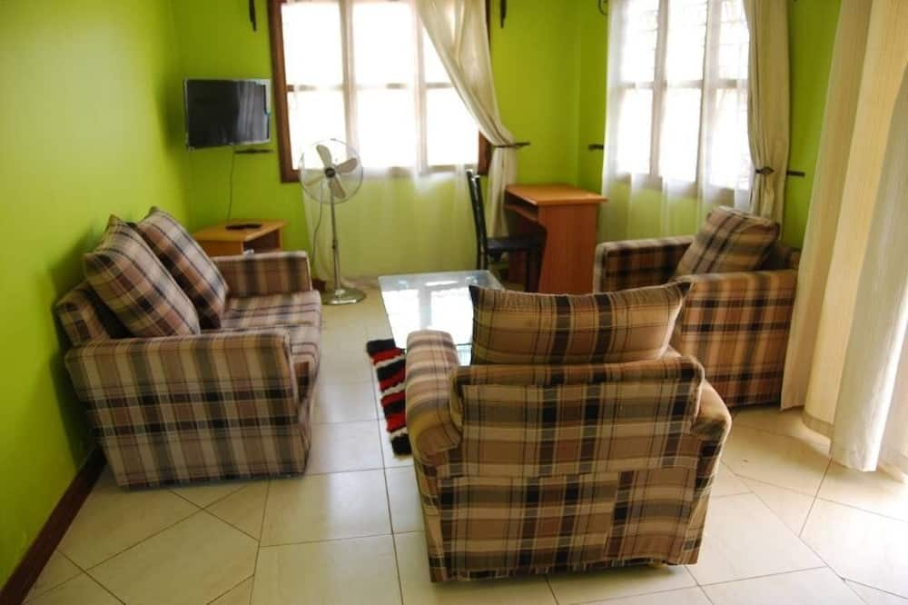 Cottage, 1 Double Bed, Accessible, Non Smoking - Living Area