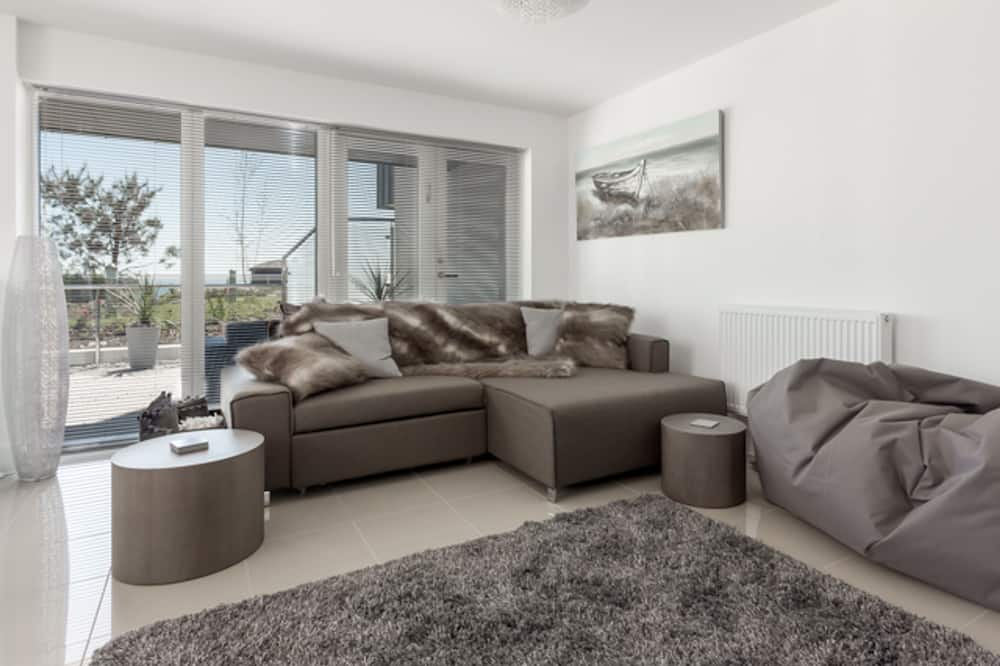House (2 Bedrooms) - Living Area
