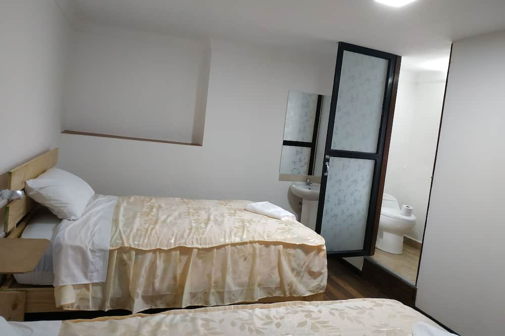 Double or Twin Room, 1 Double Bed, Non Smoking - Bathroom
