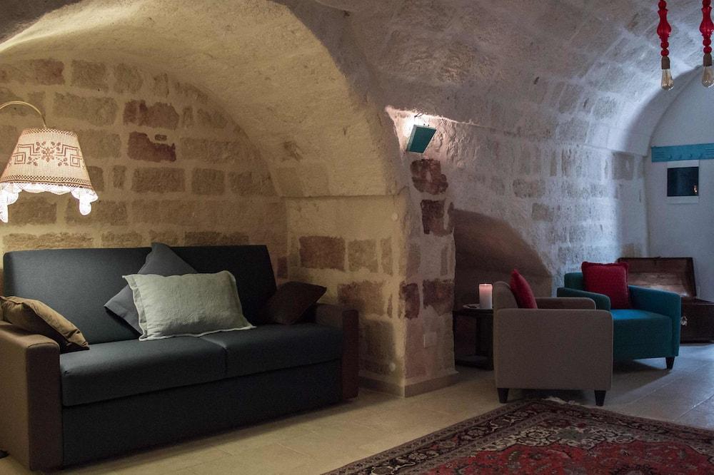 Apartament typu Comfort, Łóżko queen i sofa - Powierzchnia mieszkalna