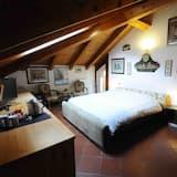 Szoba kétszemélyes ággyal - Kiemelt kép