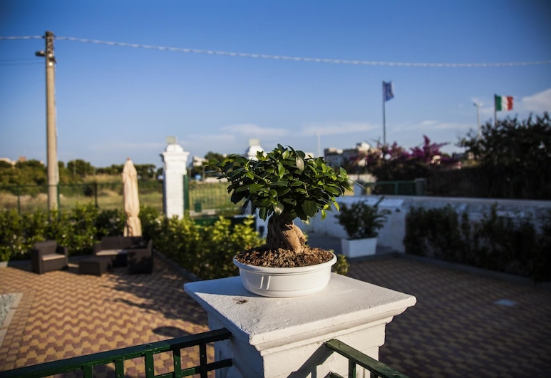 Villa Adelaide suite & room, Bari, Terrasse/veranda