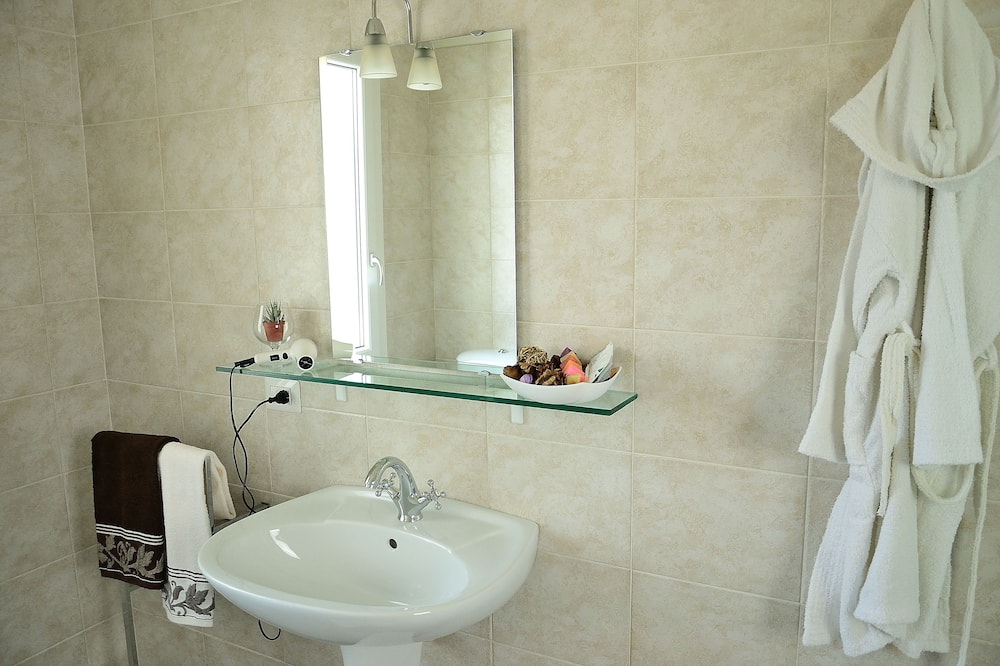 Namas - Vonios kambarys