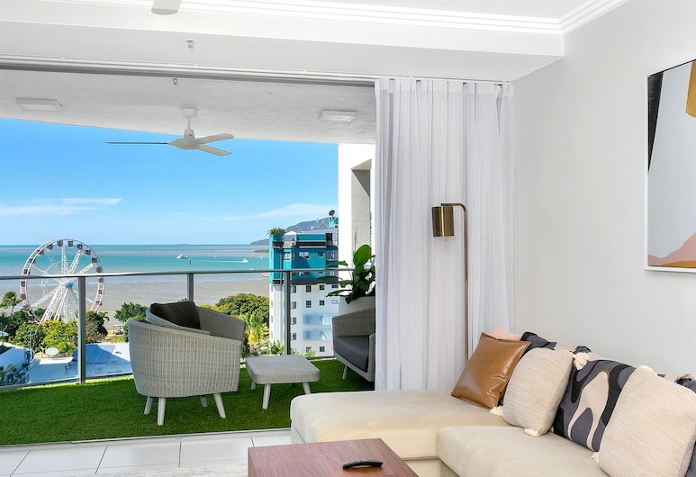 Centrepoint Apartments, Cairns, Exclusive Apartment, Living Area