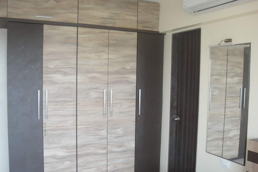 3-bhk Specious Residential Apartment With Great View of Pagoda
