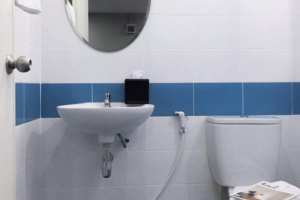 Apartamento Básico - Lavatório na Casa de Banho