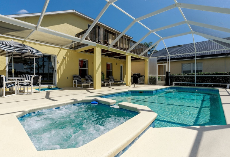 Gorgeous Vacation Home with Pool RT1170, Davenport