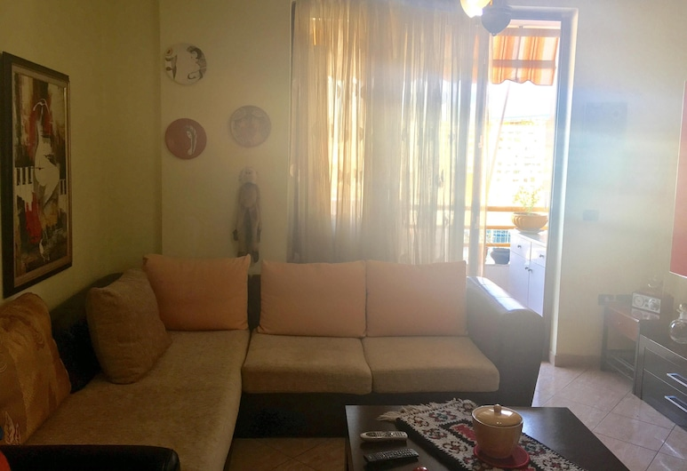 Beautiful and Centrally Located Apartment - Great View of the Dajti Mountain, Tirana