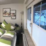 شقة - غرفتا نوم (5) - منطقة المعيشة