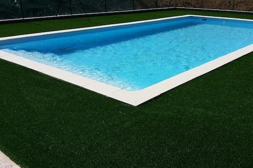 Pool,