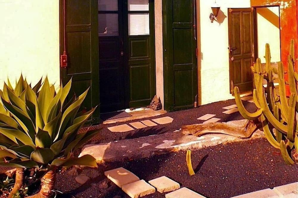 Studio (El Terrero – La Geria) - Living Area