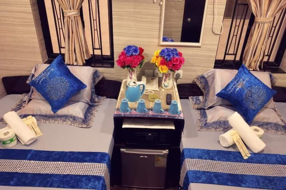 Family Room - Living Room