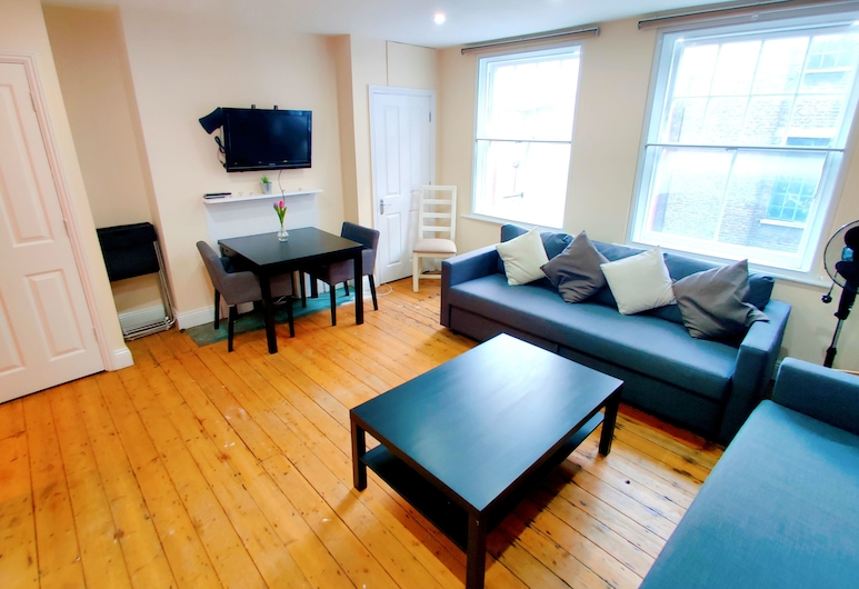 Brick Lane 1 Bedroom Apt Liverpool St, London, Basic-Apartment, Wohnbereich