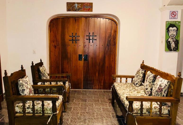 Hostal Casa chauac Ha, Valladolid, Cama Matrimonial Habitacion Compartida Mixta, Oturma Odası