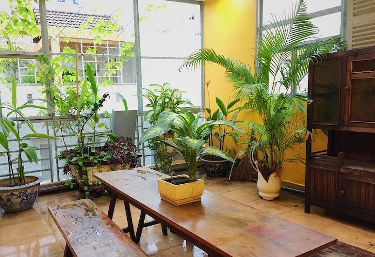 M-House Serviced Apartment, Ho Chi Minh City, City apartman, Erkély