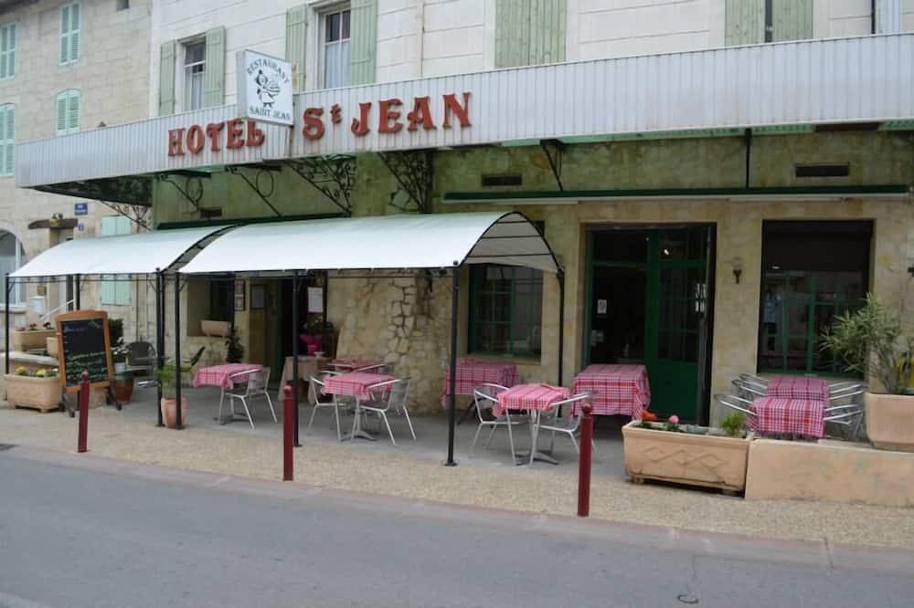 Hotel Restaurant Le Saint Jean