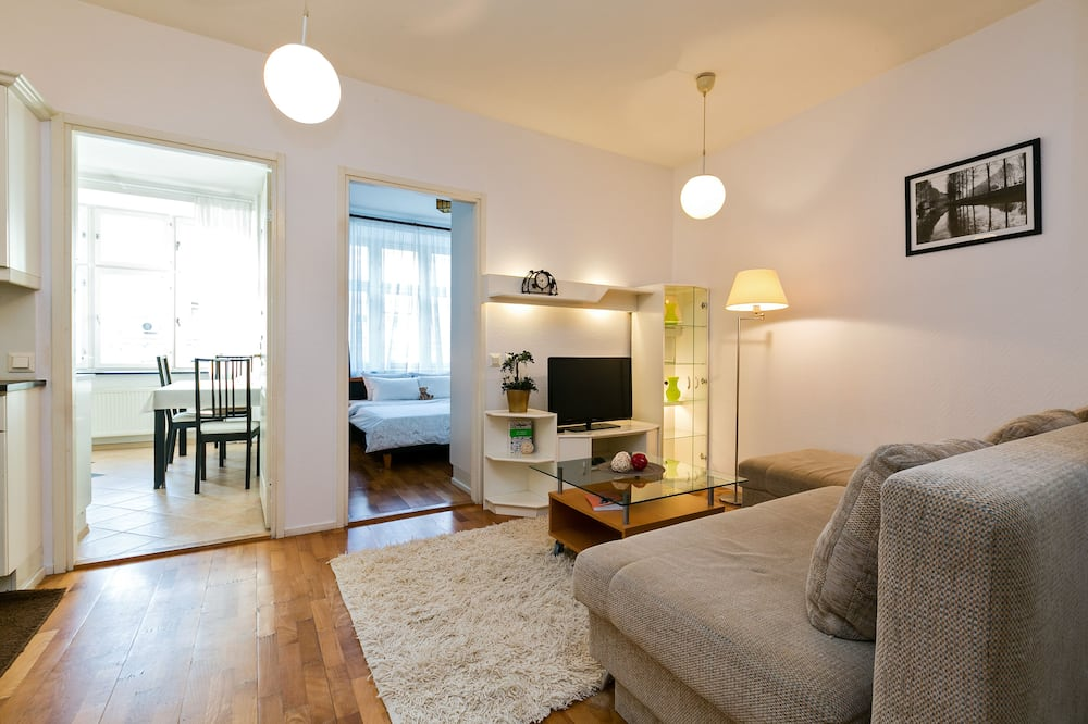 Classic Apartment, 1 Bedroom, Non Smoking, City View - Room