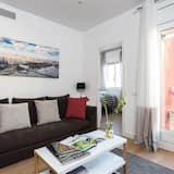 Apartment, 4 Bedrooms, City View - Living Room