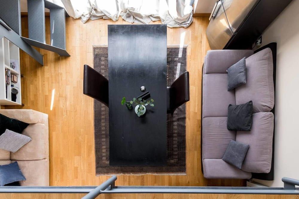 Duplex, 1 Bedroom, 2 Bathrooms - Living Area