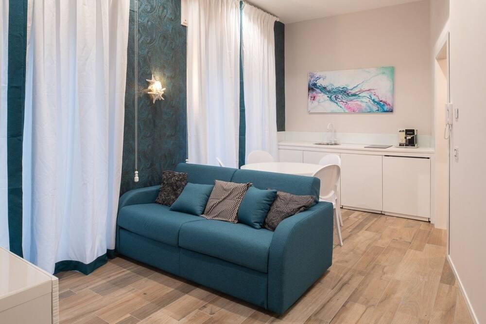 Standard Apartment, Balcony (Arabesque) - Living Area