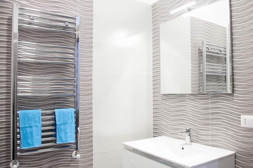 Doppelzimmer, Stadtblick - Badezimmer