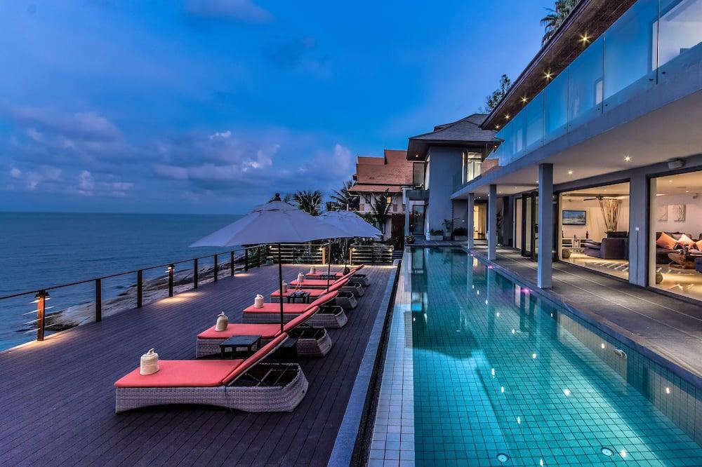 5-Bedroom Luxury Pool Villa - Private pool