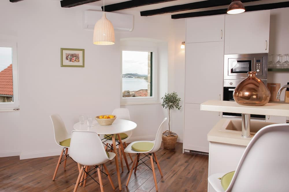 都會公寓, 海景 - 客房餐飲服務